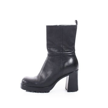 e10f01846c2 90s Vintage Black Leather Chelsea Boots Chunky Platform High Heel Steve  Madden Minimalist Goth Shoes Womens