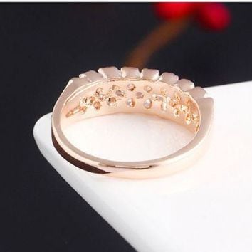 ONETOW Hot style fashion zircon electroplating simple full diamond crystal zircon ring new wedding ring