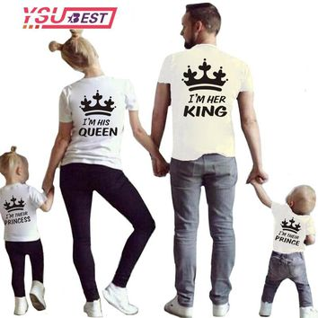 Cool New Mom and Girl Clothes Matching Family Clothes Casual Solid Cotton T-shirt King Queen Couples T shirt Crown Printed Funny TopsAT_93_12