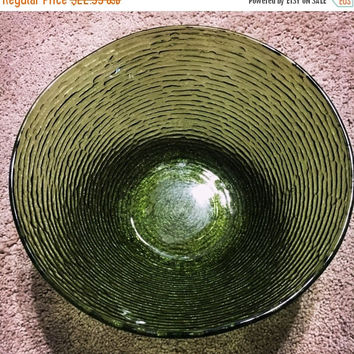 5 DAY SALE (Ends Soon) Vintage Anchor Hocking Avocado Green Glass Salad Bowl