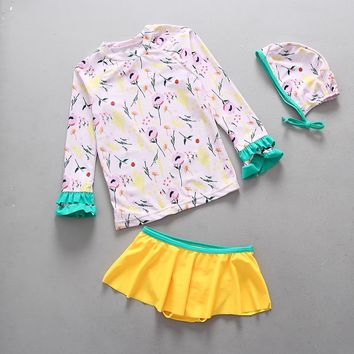 Swimsuits Girl UPF50+ Sun Protection Floral Print Two-Piece Rash Guards Swimwear for Little Girls Children Toddler Kids Swimsuit