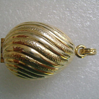 Beautiful Vintage AVON From 80's Textured Gold Tone Egg-Shaped Solid Perfume Compact or Locket Pendant Weight 18.9 FREE Bonus Chain Necklace