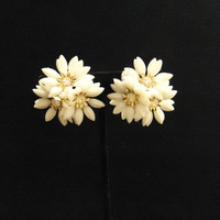 Clip On Earrings Plastic White Flowers Cluster Style Gold Metal with Clear Crystals Rhinestones Accents Centers 1960's Vintage