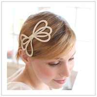 $35 Wired bow  wire inserted silk in lovely bow shape bridal by woomi
