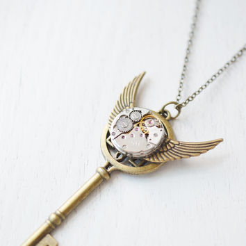 steampunk key necklace,watch gear key pendant,gothic jewelry,industrial steampunk,best friend,bridesmaid gift,christmas,watch parts,upcycle