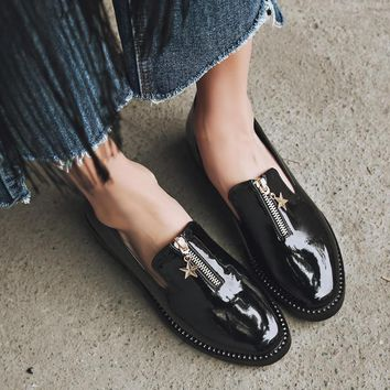 British style women shoes flats fashion Crystal Metal Star zip Brogue Shoes Spring/Autumn Pointed Toe Retro Punk Casual shoes