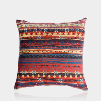 "Warm Totem Pillow Cover 18"" x 18"""