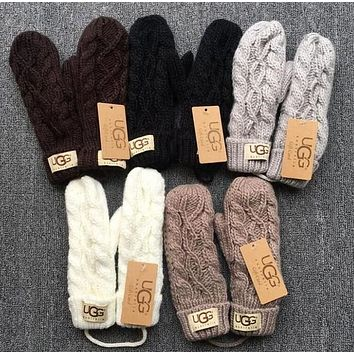 UGG Winter Knit Mittons