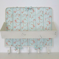 Shabby Chic Distressed Metal 5-Hook Cubby Wall Organizer