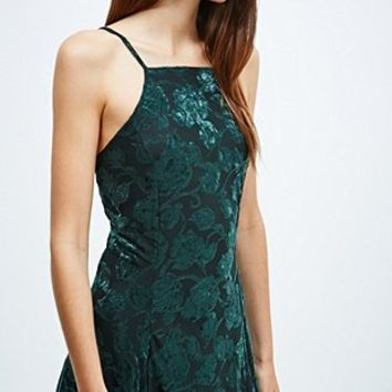 Pins & Needles Velvet Devore Dress in Green - Urban Outfitters
