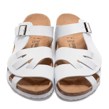 Birkenstock New Style 2 Summer Fashion Leather Cork Flats Beach Lovers Slippers Casual Sandals For Women Men Couples Slippers triple White