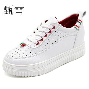 2017Fashion Casual Shoes, Small White Women's Air Holes, Front Lace, Bottom, Round Color, Head,