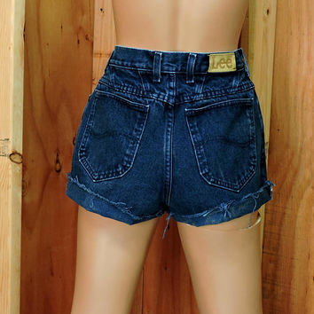 "Lee denim shorts / size 5 / 6  / 26"" waist / dark wash high waisted shorts / retro  jean shorts"