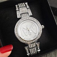 MICHAEL KORS MK Women/Men Simple Fashion Diamond Watch Business Quartz Watch Silver