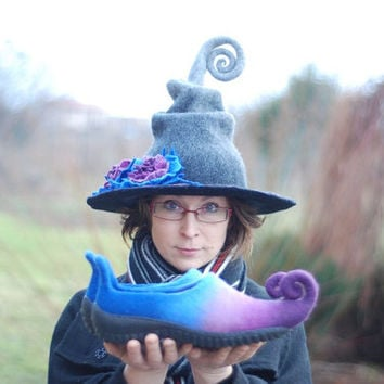 Adorable witch hat with flowers and shoes with curlytoes- CUSTOM MADE set in custom colors