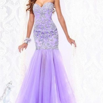 Gorgeous Purple Mermaid Prom Gown Lace Applique Evening DressStrapless Party Dress