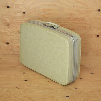 Vintage 60's Cream Samsonite Vinyl Suitcase Size Medium