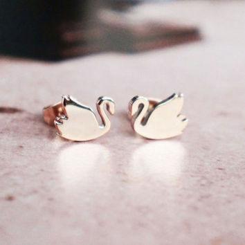 Beautiful swan stud earrings - rose gold titanium