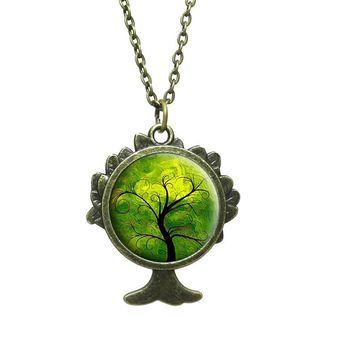 Fashion Glass Cabochon Pendant Necklace