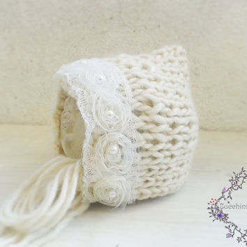Off White Newborn hat, Cream Hand Knit baby Hat, Baby Boy Photo Prop,White Bonnet, Etsy Kids, Europeanstreetteam