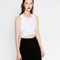 CROSSOVER CROP TOP - T-SHIRTS-SALE-WOMAN | ZARA United States