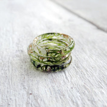 Super tiny rings Thin ring Moss jewelry Moss ring Stacking rings set Boho rings Green ring Resin ring Elven ring Forest jewelry Nature ring