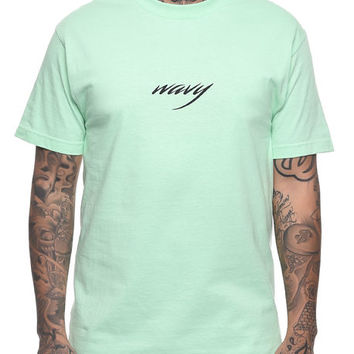 The Wavy Tee in Mint