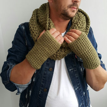 KHAKI GREEN SCARF Mens Hand Crochet Scarf Infinity Mens Braided Cable Boho Cowl Loop Crochet Slouchy Mens Scarf Slouch Beanie Hand Winter
