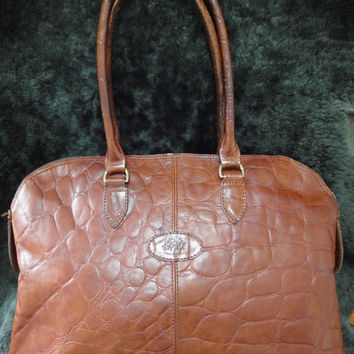 Vintage Mulberry croc embossed brown leather large tote in bolide bag shape. Masterpiece back in the era. Roger Saul era