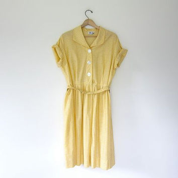 Vintage Checkered Dress. Yellow White 50s Picnic Dress. Short Sleeve Shirt Dress. Button Front Dress. Basic House Day Dress. Large XL