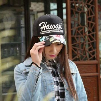 2016 New Fashion Bone Letter Hawaii Baseball Caps Summer Women Snapback Hats For Men Gorras Retail 2 Colors 8062