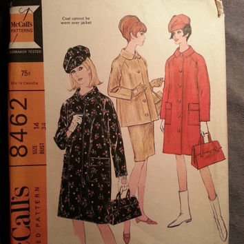 Uncut 1960's McCall's Sewing Pattern 8462! Size 14 Bust 34 Medium/Women's/Misses/Collared Coats/Suit Jackets/Hats/Bags/Purses/Straight Skir