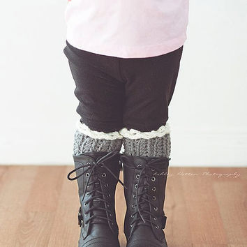 Crochet Pattern for Chelsea Boot Cuff Legwarmers in multiple sizes - Welcome to sell finished items
