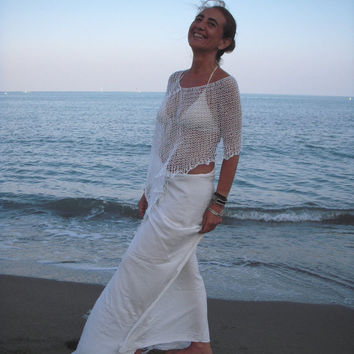 Knitted  linen poncho. Summer white wear