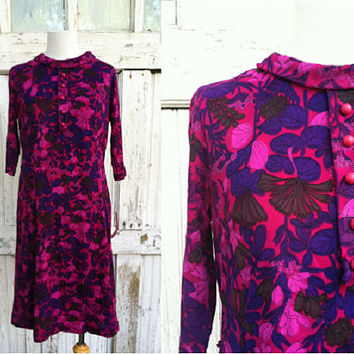 Vintage 1970s Dress / Berkshire B Tween / Fushcia and Purple Sheath Dress / 70s Floral Dress