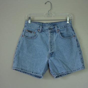 Vintage 1990s cK Calvin Klein Five Pocket High Waisted Ligh Wash Faded Denim Jean Shorts Button Fly, Womens/Juniors size 7 , 29-30 W