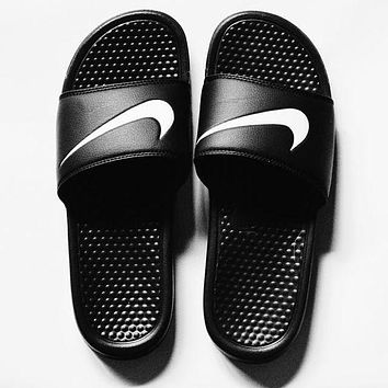 ONETOW NIKE' Casual Sandals
