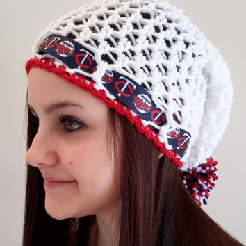 Crochet Twins Inspired slouch hat. MN. Ladies Size. Made by Bead Gs on ETSY. Baseball. Minnesota. Twin Cities.