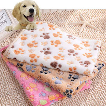 40 x 60cm Cute Floral Pet Sleep Warm Paw Print Dog Cat Puppy Fleece Soft Blanket Beds Mat