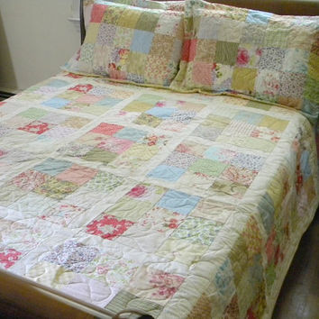 Cottage Chic Patchwork Quilt Queen Size 92X92 all cotton blanket with two shams