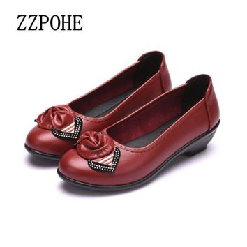 ZZPOHE Spring new fashion soft soles women's shoes comfortable flat middle-aged mother
