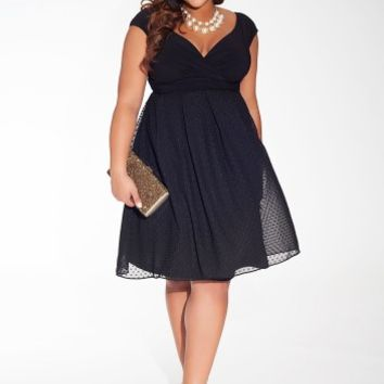 Adelle Plus Size Dress in Noir Dot