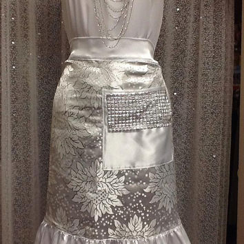 Fancy Hostess Silver White half apron, Silver Taffeta design apron, Wedding hostess apron, Tea party hostess apron, Bling bling pocket