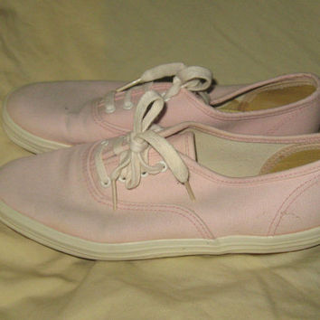 Vintage Keds Orignal // Canvas Tennis Sneakers // Pink // Womens size 6