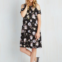 Mid-length Short Sleeves Shift Chics for Itself Dress in Bloom