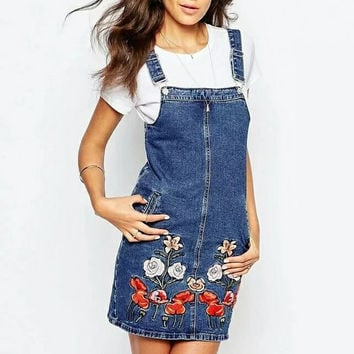 X818-3 women sweet floral embroidery denim suspender skirt ladies buttons blue jeans skirts saias