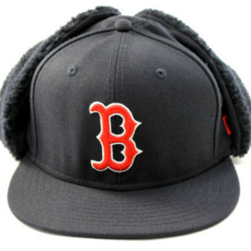 New Era Men's Dog Ear Boston Red Sox Navy Blue Winter Hat size 7