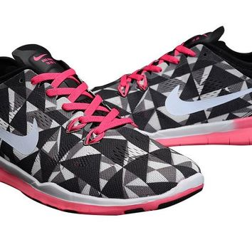Women s Nike Free TR FIT 5 Print Geometry Knit Limited Training 969b31e39987