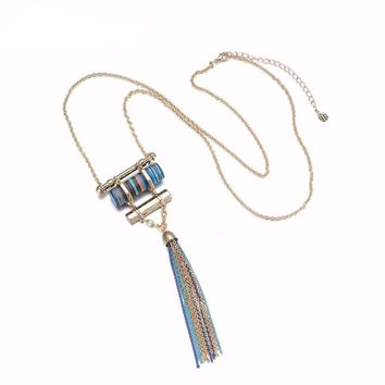 Long tassel necklace  with stone suspensions pendant
