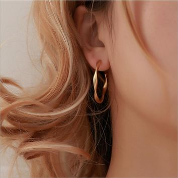 Simple Gold color Hoop Earring For Women Statement Fashion Jewelry Accessories Large Circle Round ring Earrings for female